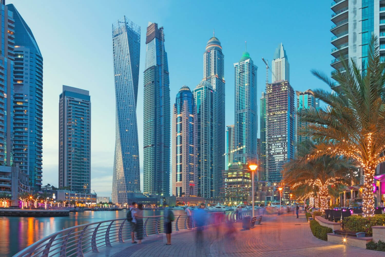 Dubai Travel Planner CanvaPro 60
